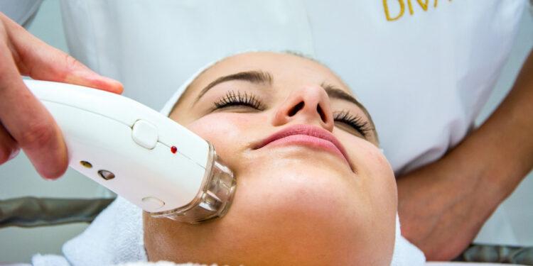 Radiofrekvencija lica | Tretmani i usluge - Kozmetički salon Diva Plus